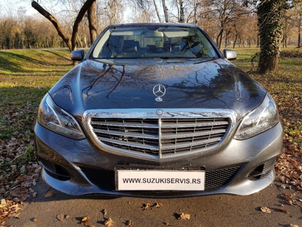 Mercedes Benz E 200 CDI Bluetec 23.900 €